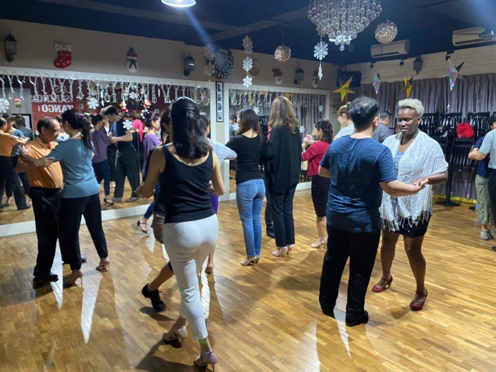 Los Sueños Tango class