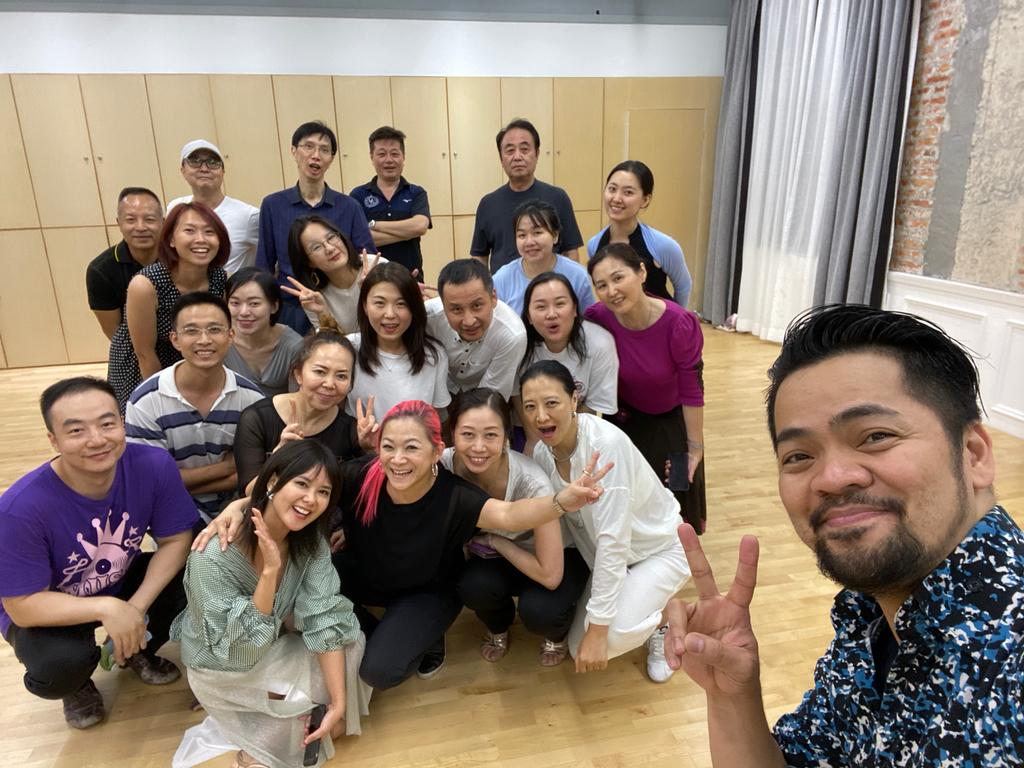 Lily & Gen Shenzhen class